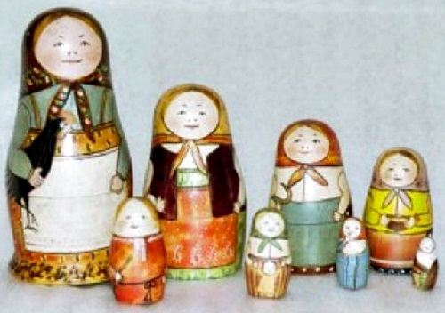 Matryoshka in The Museum of Toys in Sergiev Posad, it is considered the first, it is followed by three sisters, brother, two sisters and a baby