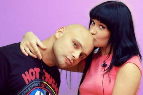 Freelance showman from the village of Churilovo Semyon Frolov with his ex gf Elena Bushina