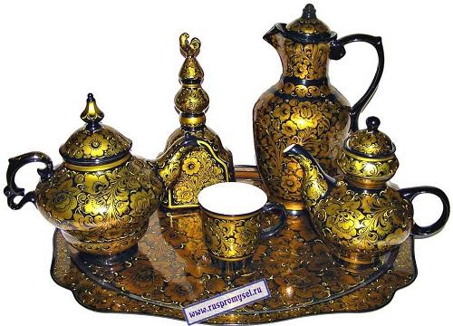 Khokhloma pottery