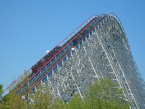 American Eagle opened as the fastest wooden roller coaster in the world in 1981