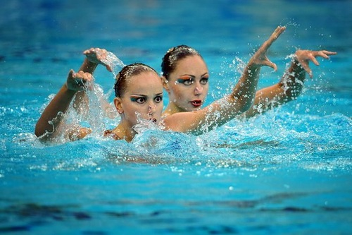 Beautiful duo of synchronized swimmers - Anastasia Ermakova and Anastasia Davydova