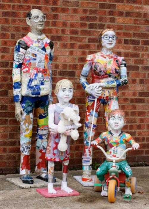 Sculptural portrait of a family