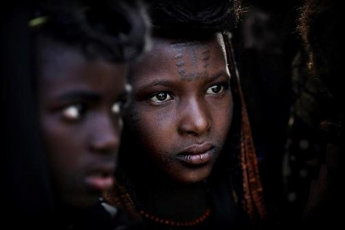 The beautiful Wodaabe. Photo by English traveling photographer and filmmaker Timothy Allen