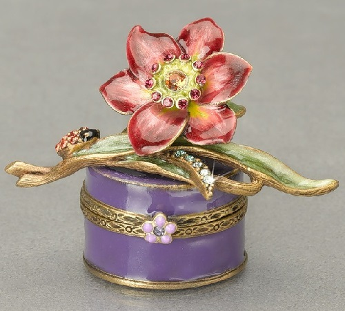 Beautiful boxes by American Jewelry designer Jay Strongwater