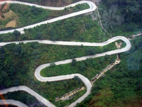 Big Gate Road, or Avenue to heaven, a road through the mountain Tyanmen, China