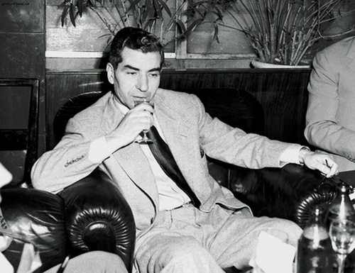 Charlie 'Lucky' Luciano (Famous American gangsters)