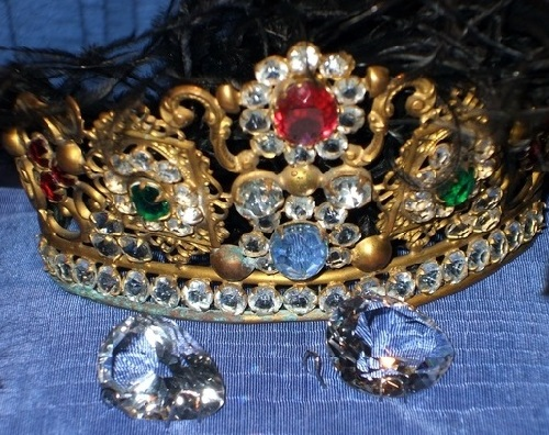 Marie Antoinette's earrings, Crystal Museum in Riedenburg