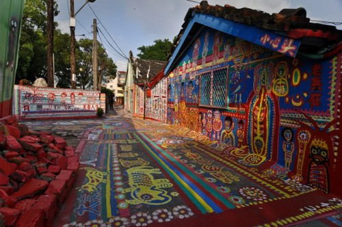 """Now his large colorful """"picture"""" is one of the main attractions of Taichung."""