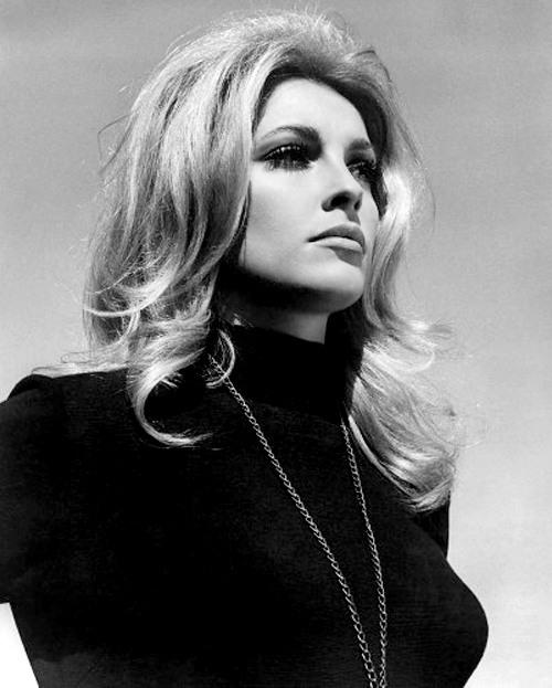 Sharon Tate in Eye of the Devil (1966)