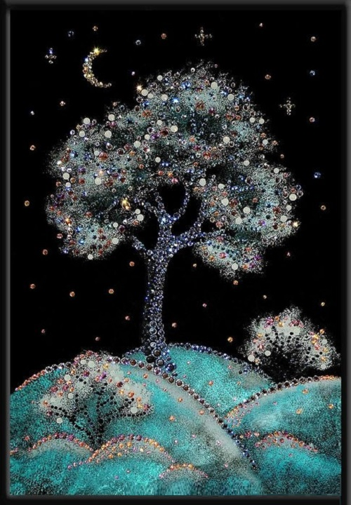 Winter cherry. Swarovski crystals pictures