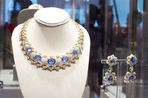 diamond-and-sapphire set by Mouawad (estimated price $120,000-$150,000)