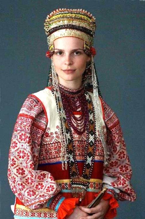 Woman In Traditional Russian 111