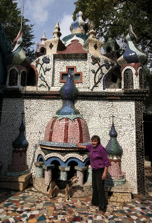Fairy Tale Castle built by Russian couple Alexey and Valentina Krivov