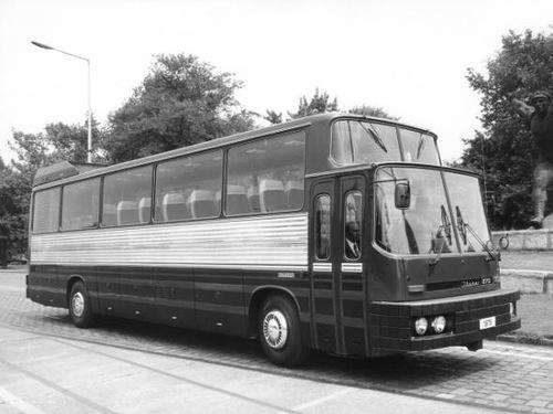 Ikarus 270 (1975)