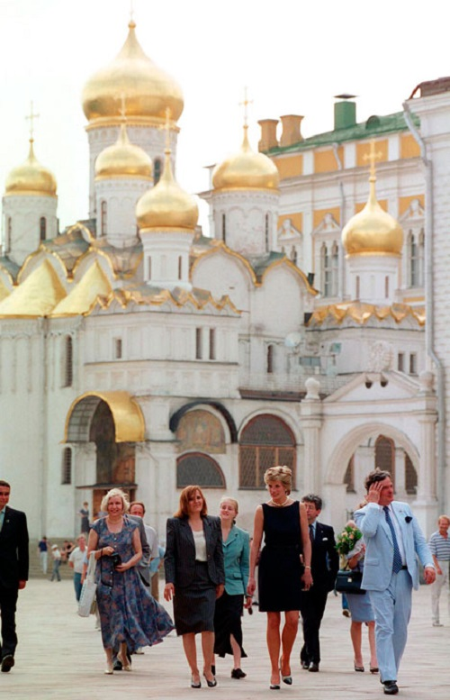 Princess Diana visits The Kremlin in Moscow