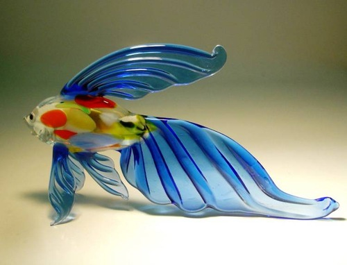 Fused and kiln-formed glass sculpture of fish