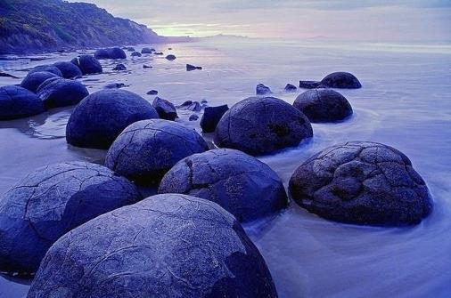 Moeraki Boulders came to us from another planet