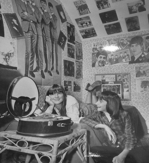 Adoration of idols - the Beatles