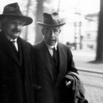 photo by Paul Ehrenfest – Albert Eintein in 1930, with Niels Bohr, at the Solvay convention