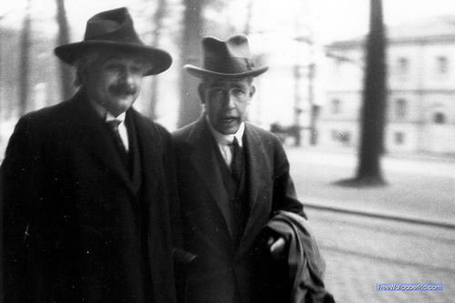 Albert Eintein in 1930, with Niels Bohr, at the Solvay convention, photo by Paul Ehrenfest