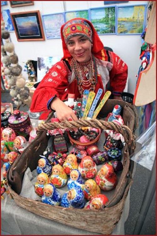 Russian artist Anna Selezneva