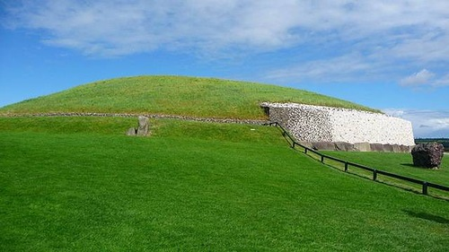 UNESCO World Heritage Site Newgrange. Archaeological Ensemble of the Bend of the Boyne