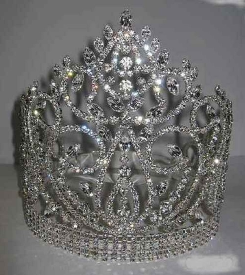 Continental Premium Crown Tiara. Bridal Tiara decorated with Swarovski Crystals