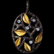 Eden pendant. White gold, diamonds