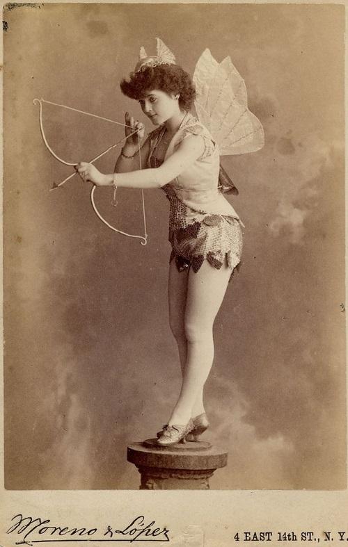 Exotic dancers of late XIX-th century - Moreno Lopez