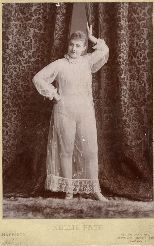 Exotic dancers of late XIX-th century - Nellie Page