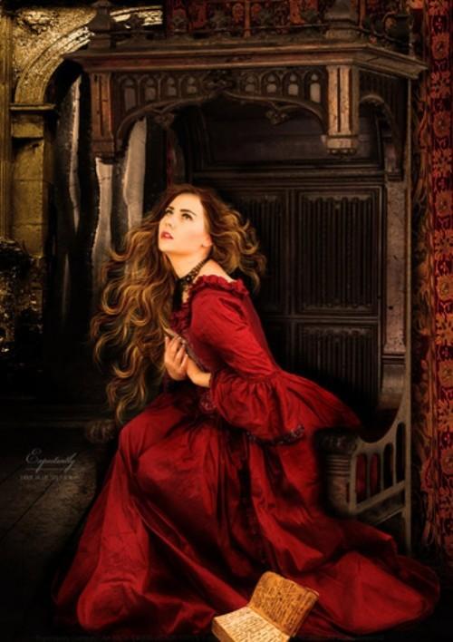 Gothic art by Netherlandish photo artist Babette van den Berg