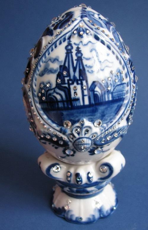 Gzhel inlaid with Swarovski crystals, workshop of Igor Kovalyov