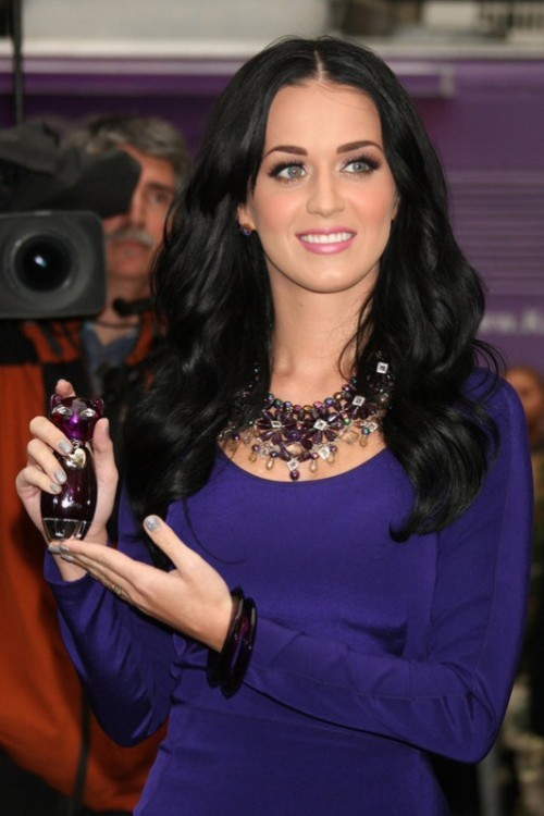 Katy Perry, most famous pearls