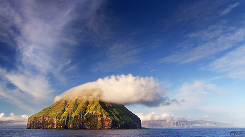 Island and cloud