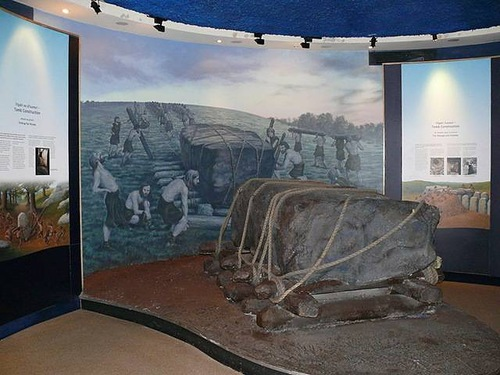 Newgrange exposition