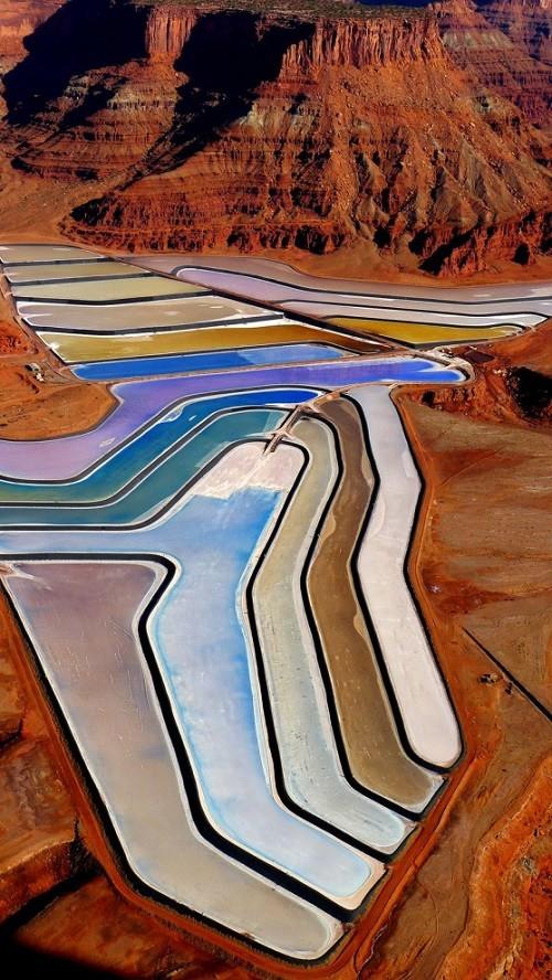 Multicolored salt evaporation ponds