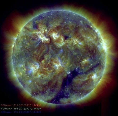 images of the sun: This image combines three images with different, but very similar, temperatures