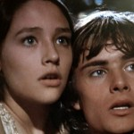 Leonard Whiting as Romeo Montague and Olivia Hussey as Juliet Capulet