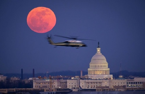 red moon in london today - photo #2