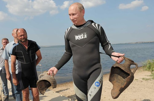 Vladimir Putin diving