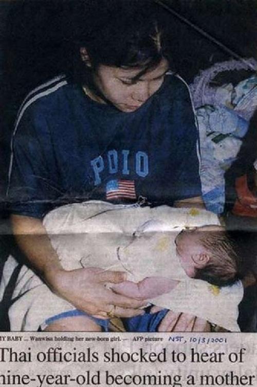 youngest mother on Earth Wanwisa Janmuk