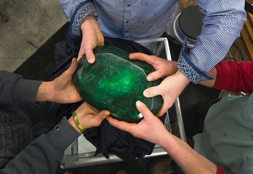 World largest emerald of watermelon size is no longer sold