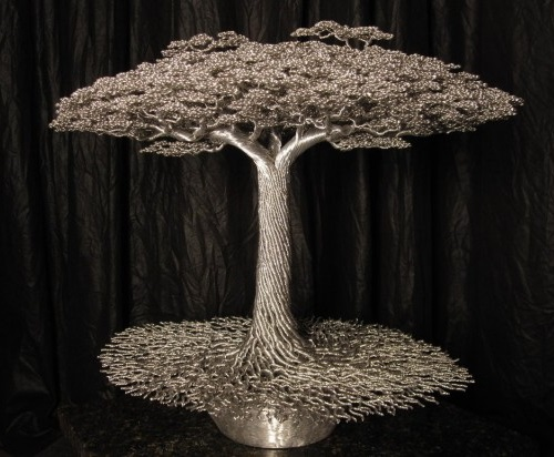 Bonsai style tree made from aluminum wire. Sculpture by Wisconsin based artist Kevin Iris