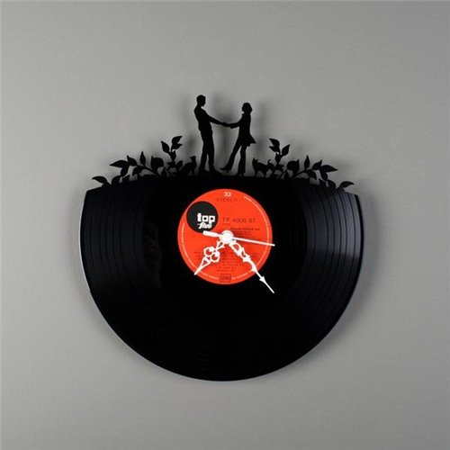 Super cool clocks made from old records