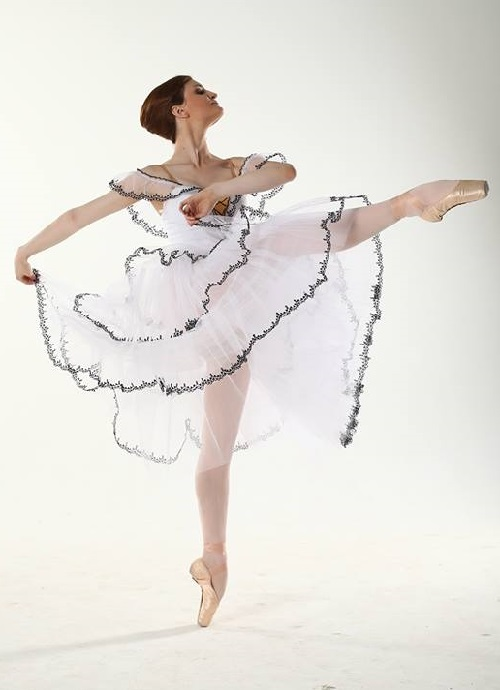 Joy Womack American ballerina from Bolshoi Ballet