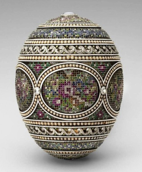 Easter Egg of the imperial family 'Mosaic', 1914. The egg is made by Albert Holstrem, jeweler who worked in the firm of Carl Faberge