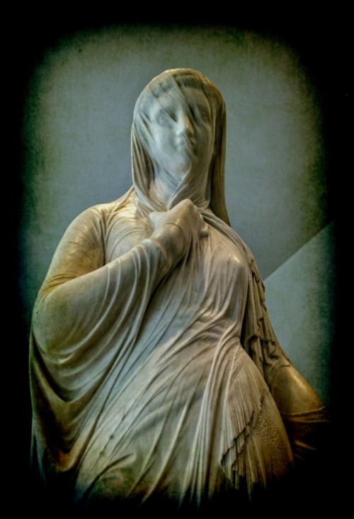 Atlanta museum, veiled lady