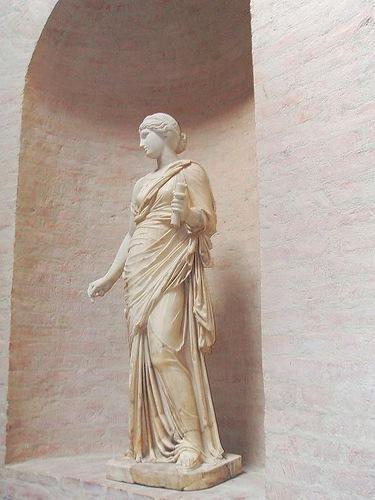 Female bust. Anatol Nowak