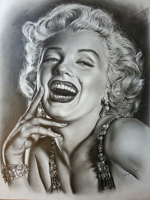 Merilyn Monroe. Pencil portrait by American Artist Michelle Seo Hongmin
