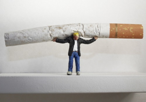 Nic Joly's miniature sculptures